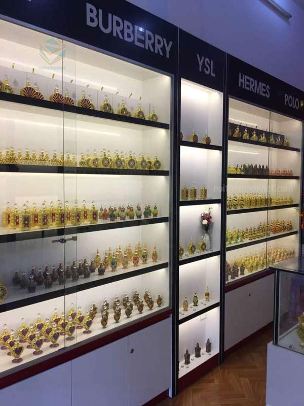 Kệ trưng bày shop nước hoa