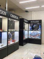Thiết kế thi công tủ kệ trưng bày shop đồng hồ ở TpHCM