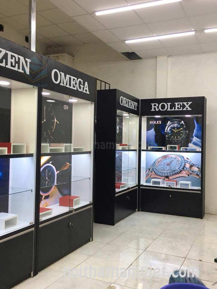 Thiết kế thi công tủ kệ trưng bày shop đồng hồ