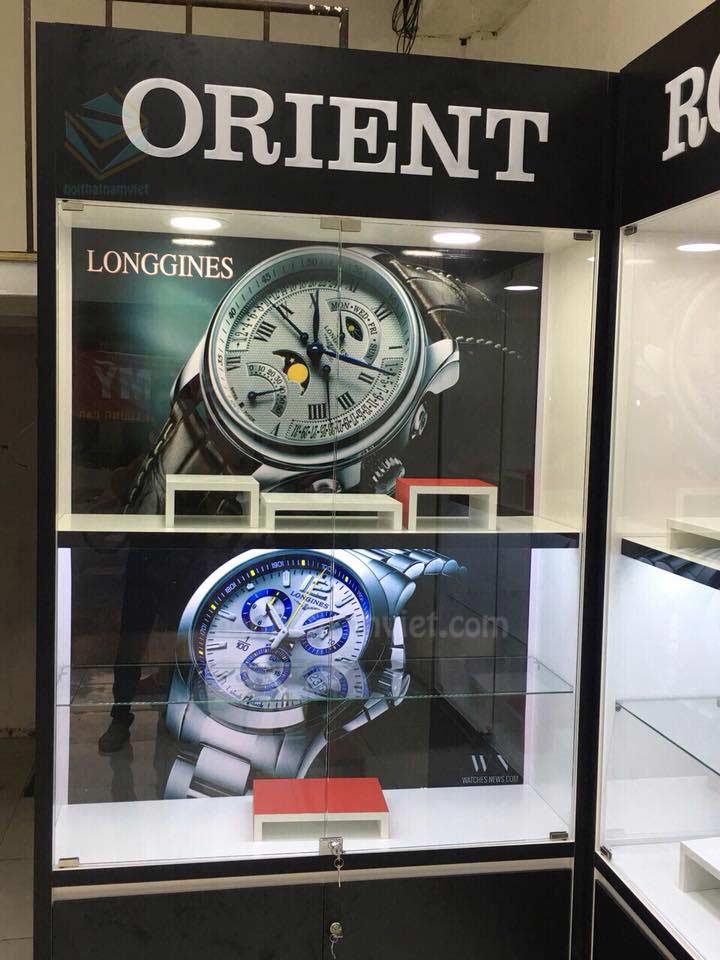Thiết kế thi công tủ trưng bày shop đồng hồ