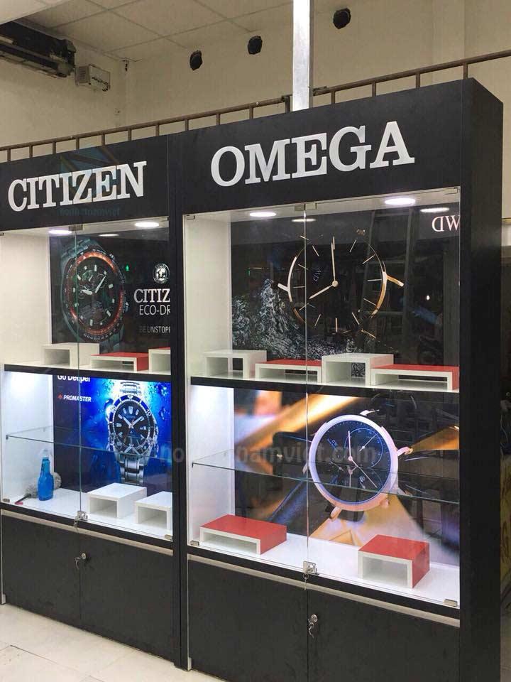 Thiết kế tủ kệ trưng bày shop đồng hồ