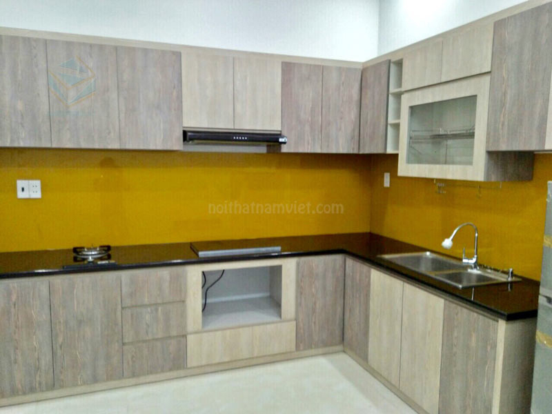 tủ bếp gỗ MDF phủ Melamine
