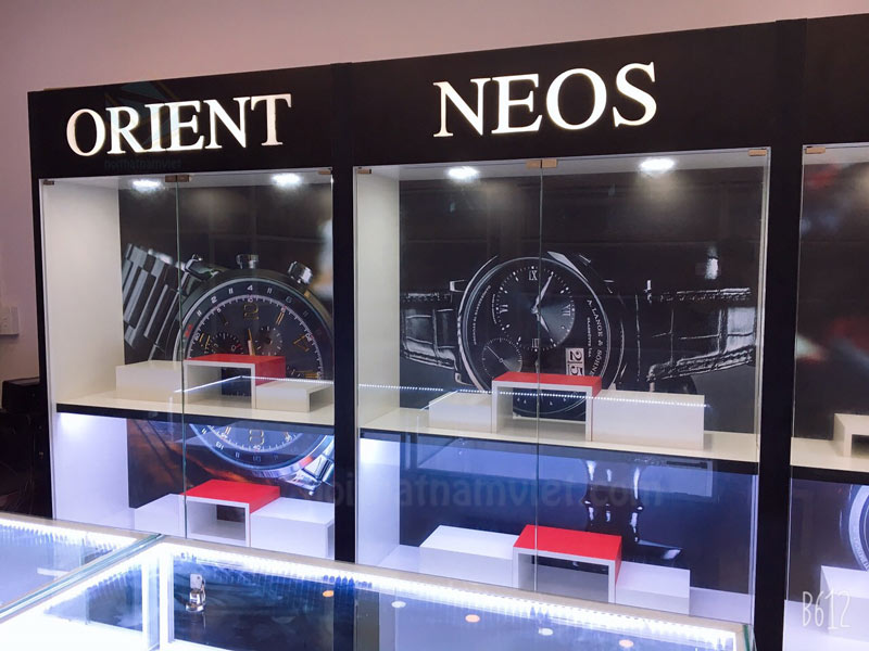 Thiết kế thi công cửa hàng đồng hồ ở Củ Chi