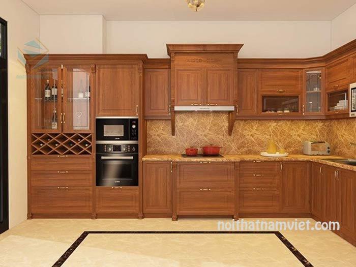 Mẫu tủ bếp gỗ gõ đỏ màu vân gỗ kết hợp tủ rượu
