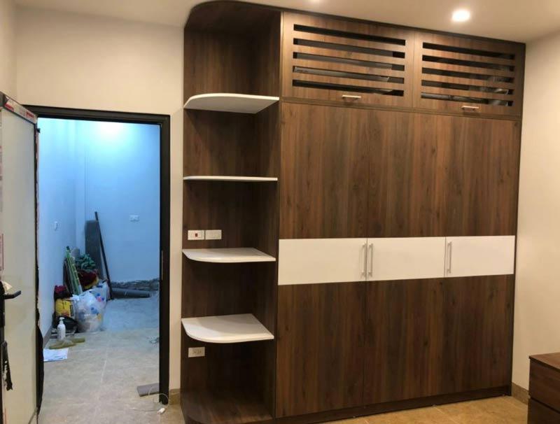 tủ quần áo gỗ Acrylic công nghiệp màu vân gỗ