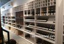 Thiết kế thi công nội thất shop showroom rượu ngoại đẹp nhất 2021
